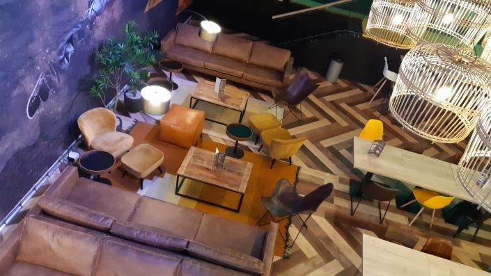 Lounge Jumpsquare