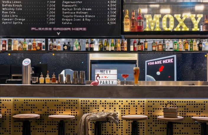 Bar MOXY Darmstadt