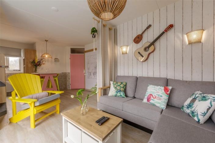 Beach Chilla - livingroom HDVL